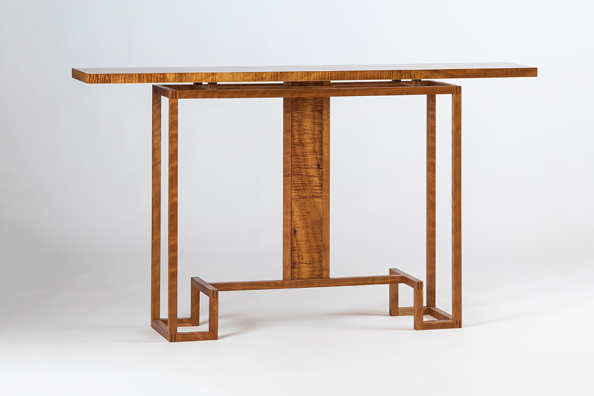 """The Ozzie"" handmade hall table made of Queensland (Australia) Maple."